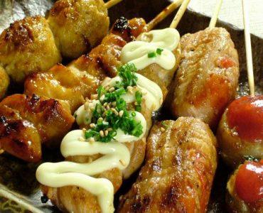 ※Go To Eatキャンペーン対象店舗です。<br /> 当店の絶品グルメ。炭火で焼き上げた鶏串料理。串陣のプロの味もおうちでもご堪能いただけます。テイクアウト&持ち帰りが可能です。